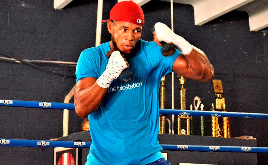 Sullivan Barrera listo para cualquier plan de Joe Smith Jr.
